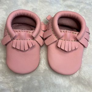 Freshly Picked Soft Sole Moccasins Rose Pink Sz 0